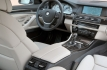 bmw-activehybrid-5-interni-17