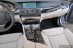 bmw-activehybrid-5-interni-19