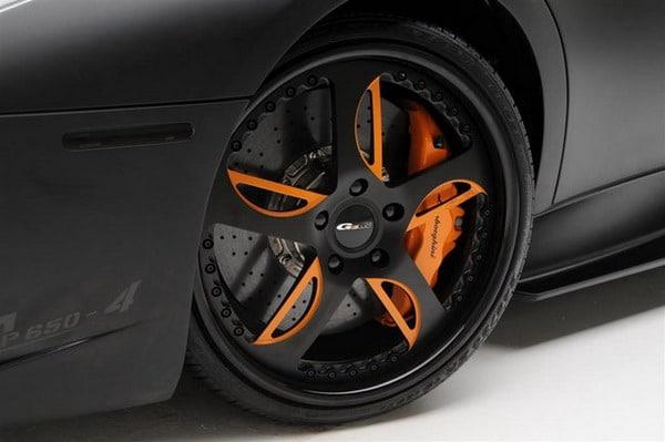 Lamborghini Murcielago: Tuning di una edizione limitata con cerchi in lega da 19 e pneumatici Pirelli P-Zero 1