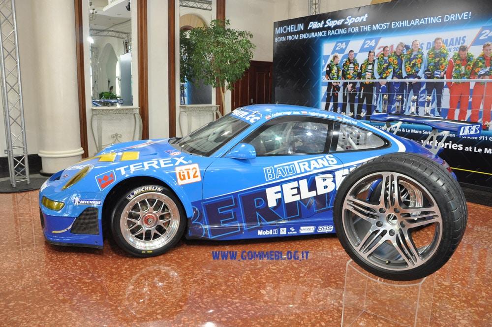 Michelin Pilot Super Sport: le auto testate a Dubai