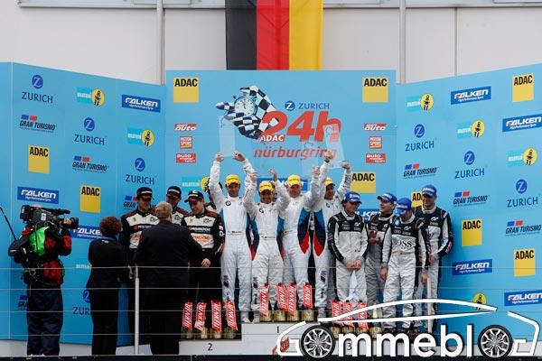 Dunlop vince la 24 Ore del Nurburgring su BMW M3 GT2 2