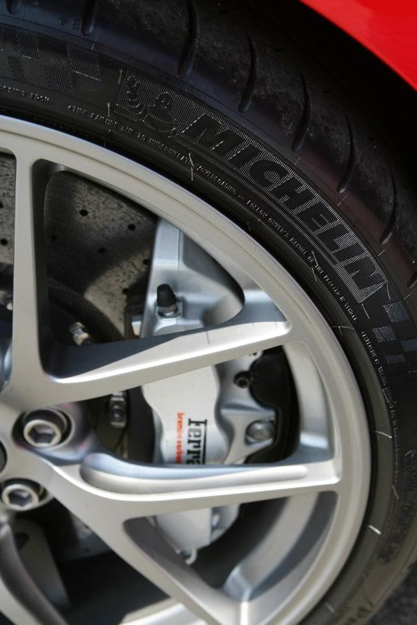 Ferrari GTO - Michelin - 05