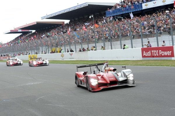 Michelin Trionfa alla 24 Ore di Le Mans con Le Audi R15 2