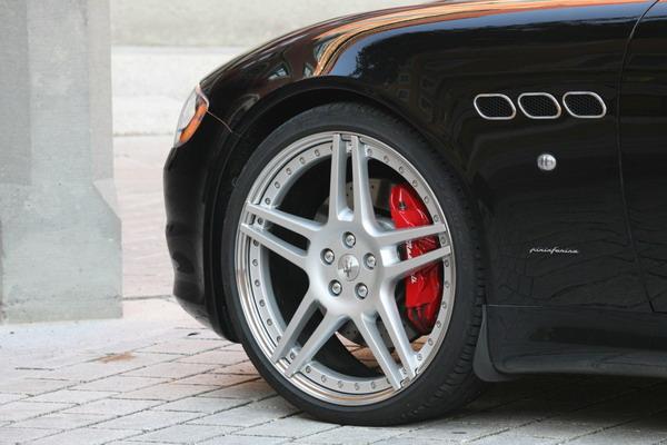 Pneumatici Pirelli da 21 per Novitec Maserati Quattroporte 2