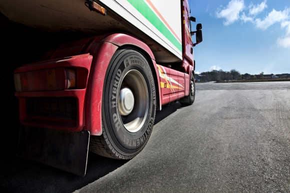 """Continental HD Hybrid: premiato """"pneumatico trasporto 2011"""" in Spagna"""