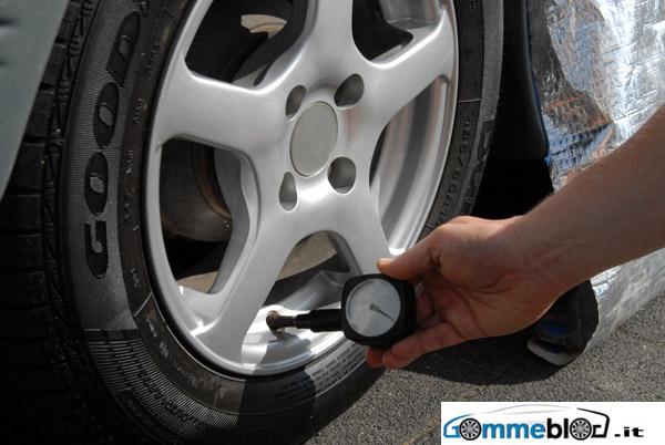Gli automobilisti europei non controllano a sufficienza i pneumatici 2