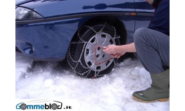 Massa - Carrara: Obbligo di catene a bordo o pneumatici invernali (15 Novembre – 30 Marzo) 1