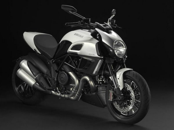 new Ducati Diavel Diamond Black