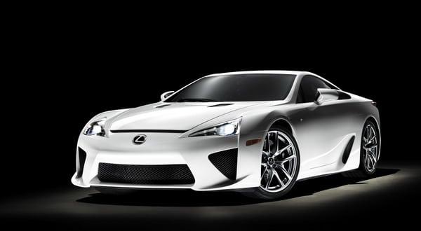 Pneumatici Bridgestone Potenza S001: 1° equipaggiamento per Lexus LFA 1