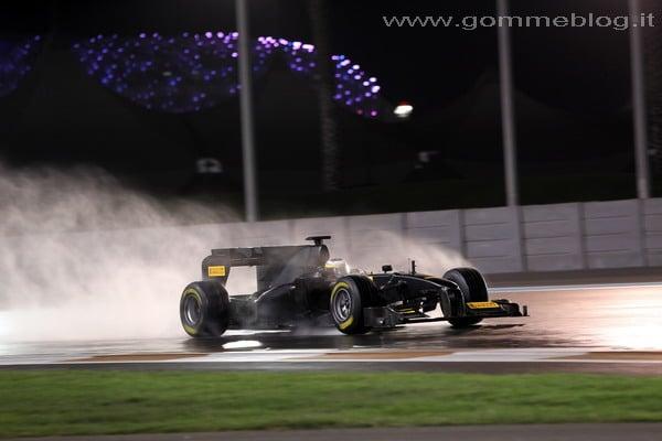Pneumatici Pirelli F1: Test in notturna su asfalto bagnato 1