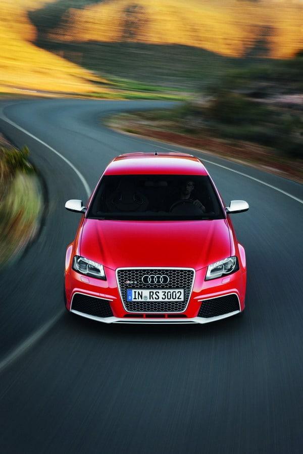 Audi RS3: pneumatici anteriori più larghi dei posteriori. Perchè?