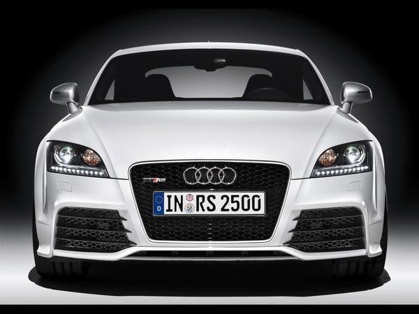 Audi TT RS Plus: 360 cavalli e fibra di carbonio? 1