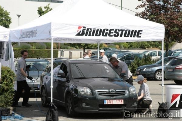 Il 71% degli automobilisti viaggia con pneumatici sgonfi: a dichiararlo è Bridgestone 1