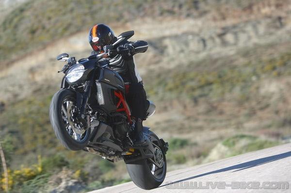 Test Ducati Diavel 3