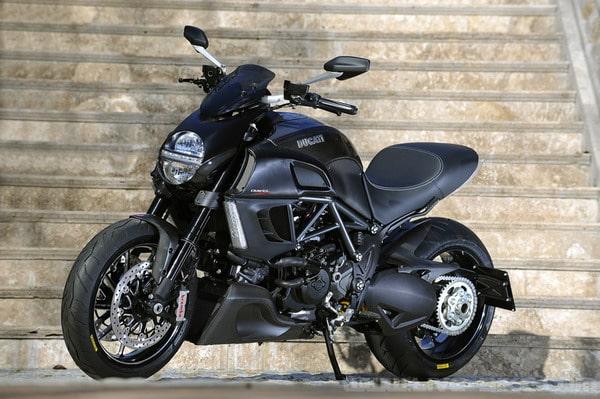 Test Ducati Diavel 1