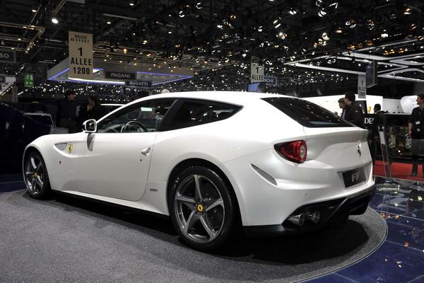 Michelin Pilot Super Sport Ferrari FF 2