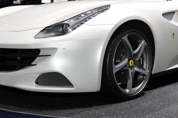 Michelin Pilot Super Sport Ferrari FF 3