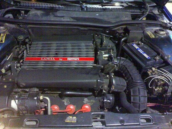 Supercar Storiche: Lancia Thema 8.32 (Thema Ferrari) 4