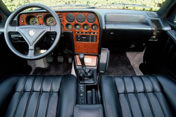 Supercar Storiche: Lancia Thema 8.32 (Thema Ferrari) 5