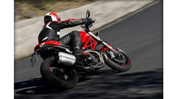 Ducati Monster 1100 Evo 2