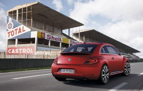 Nuova Volkswagen Beetle 5