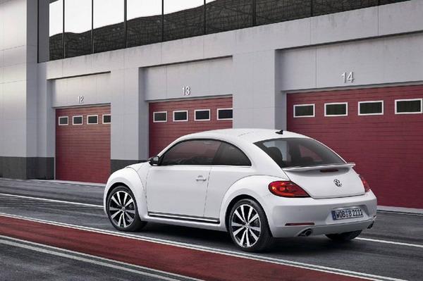 Nuova Volkswagen Beetle 3
