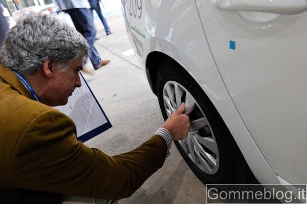 Michelin presenta il 1° Pneumatico Autoriparante 2