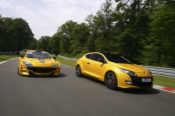 Renault Megane RS Trophy: 265 CV per sfidare le tedesche !