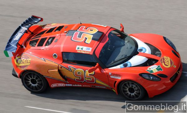 Lotus Cup e Saetta McQueen: grande esibizione per la prima italiana di Cars 2