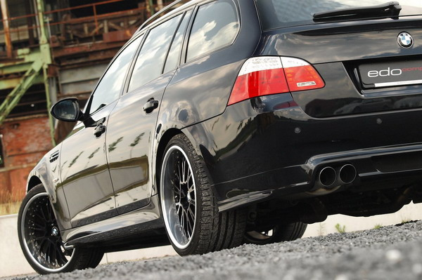 Bridgestone S001 per il Tuning BMW M5 Touring EDO Competition 2