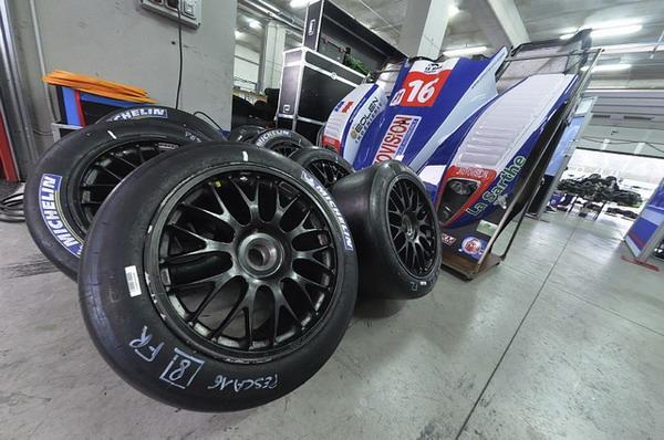 Michelin domina la 6 Ore di Imola con una doppietta Peugeot 3