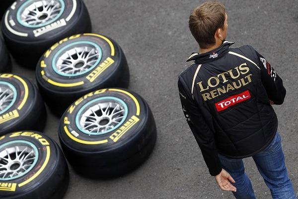 F1: Vettel conquista la pole con Pirelli nelle qualifiche incandescenti di Spa