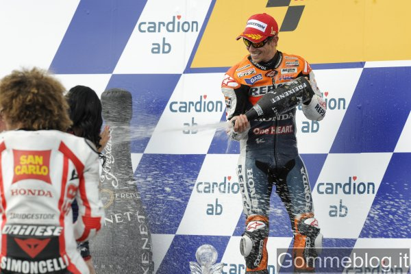Stoner domina a Brno e festeggia la sesta vittoria nel MotoGP 2011