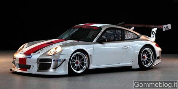 Porsche 911 GT3 R MY 2012: gomme Michelin per domare 500 CV