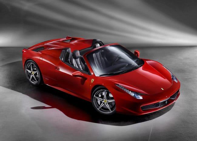 Ferrari 458 Italia Spider: 320 Km/h per un sogno a cielo aperto