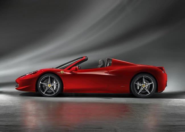 Ferrari 458 Italia Spider: 320 Km/h per un sogno a cielo aperto 2