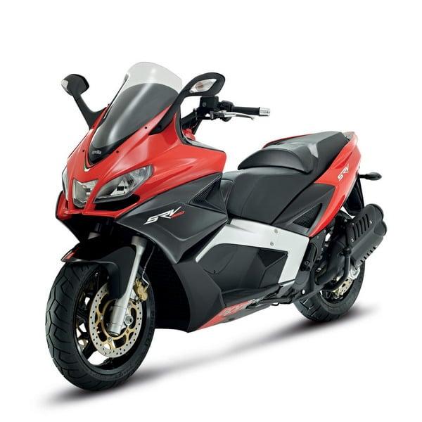 Piaggio all'EICMA 2011: due grandi novità in campo scooter potenti 4
