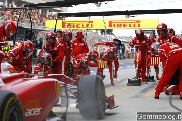 Hamilton in Pole con pneumatici Pirelli PZero Red 2