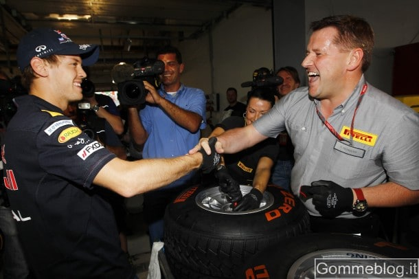 Formula 1: Vettel batte Hembery nella gara di montaggio pneumatici