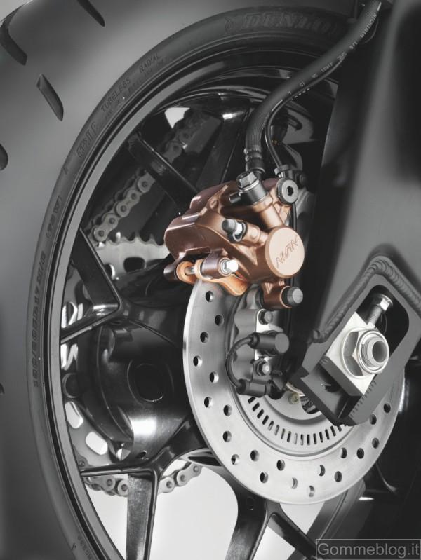 Honda CBR1000RR Fireblade MY 2012: espressione di velocità e dinamismo 10