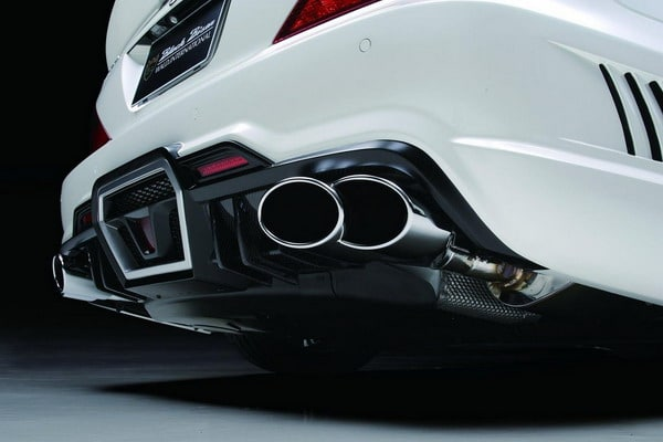 Tuning Mercedes SL: Wald presenta la R230 Black Bison Edition
