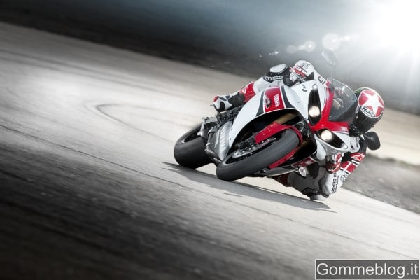 Yamaha YZF-R1 2012: report completo su tecnica e performance 2