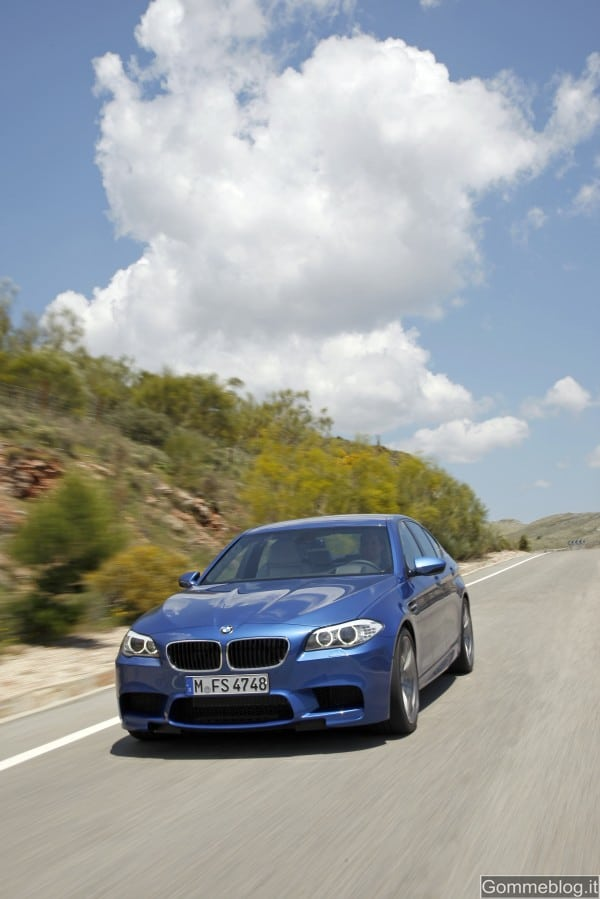 Nuova BMW M5: Report completo su Tecnica e Performance, con immagini e video 12