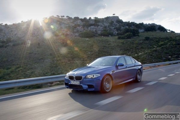 Nuova BMW M5: Report completo su Tecnica e Performance, con immagini e video 8