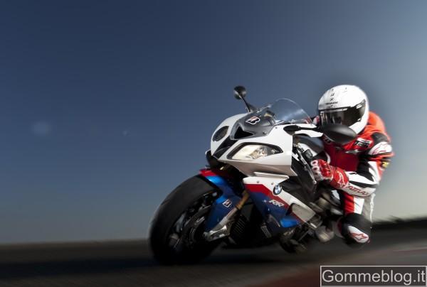 Bridgestone all'EICMA spiega come si realizzano le gomme moto Hypersport 1