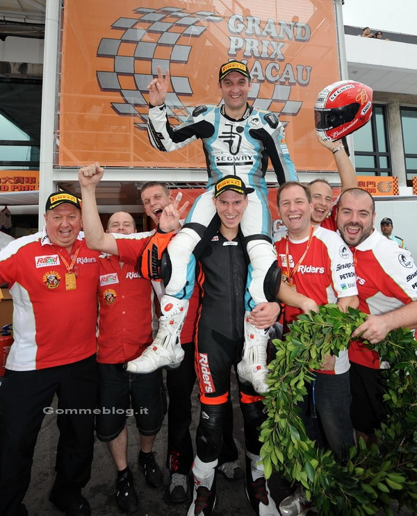 Pirelli: quattro successi consecutivi e 7° vittoria di Rutter nel Macau Motorcycle GP 1