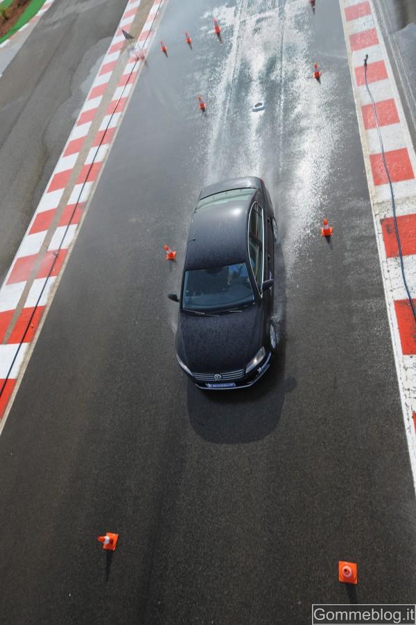 Michelin Primacy 3 Test Frenata Bagnato 4