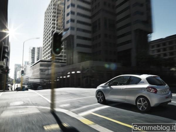 Nuova Peugeot 208: il salto generazionale del Leone 5