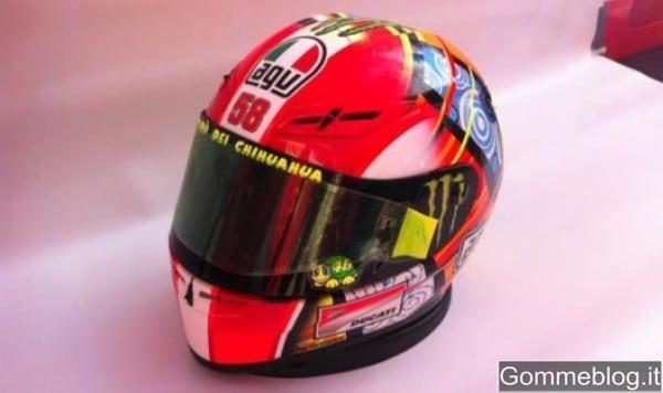 Un casco per Sic: Vale omaggia Marco Simoncelli 2