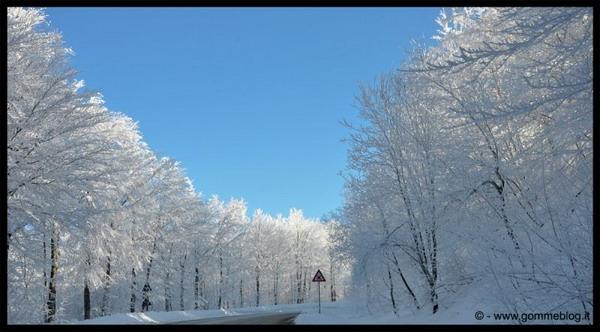 Piemonte, obbligo di catene a bordo o pneumatici invernali fino al 15 maggio 2012